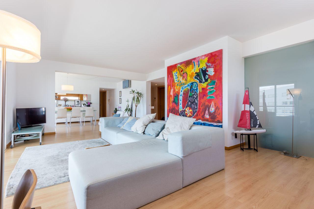 Продажа апартаментов в португалии стоимость аренды жилья в болгарии